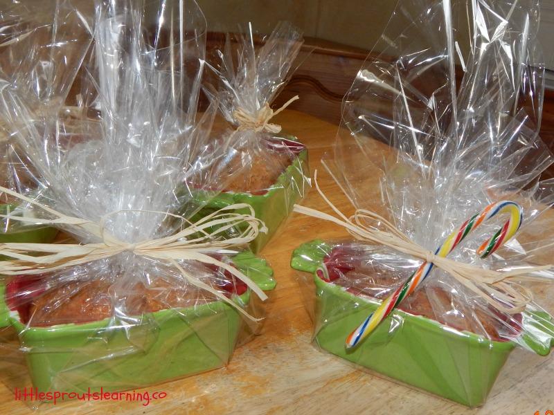 packaging homemade bread
