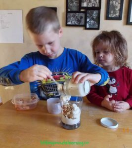 cooking with kids-parfaits