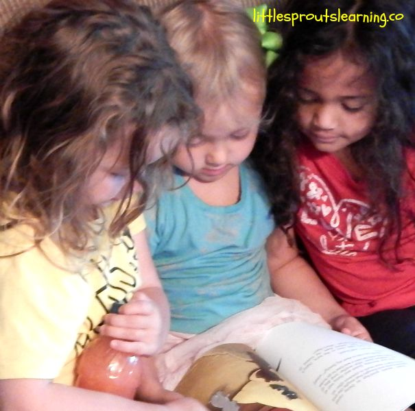 reading with kids, quack and daisy