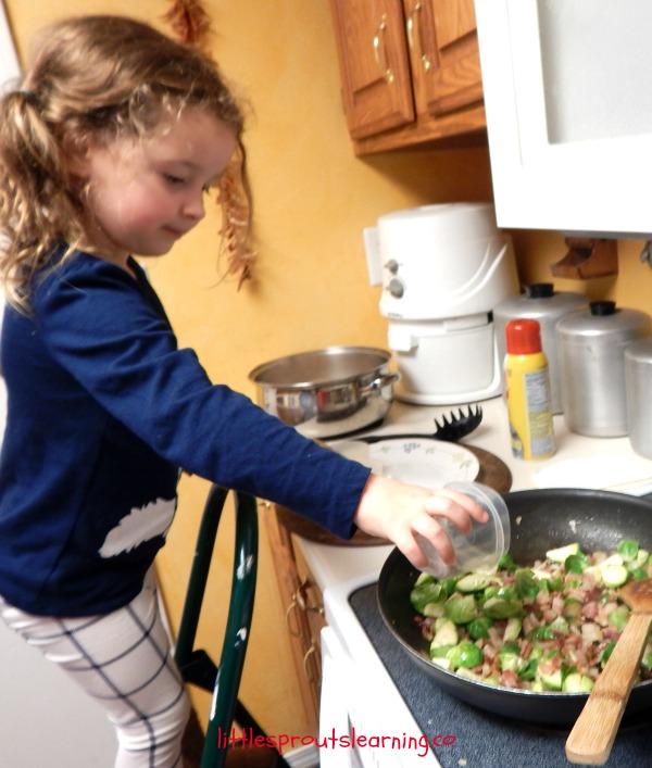 Kids cooking lotsa pasta