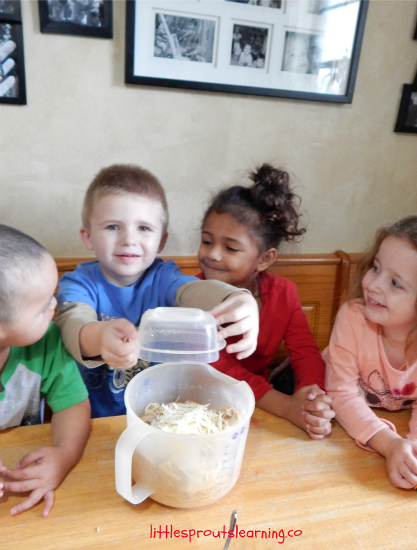 cooking spaghetti pie with kids