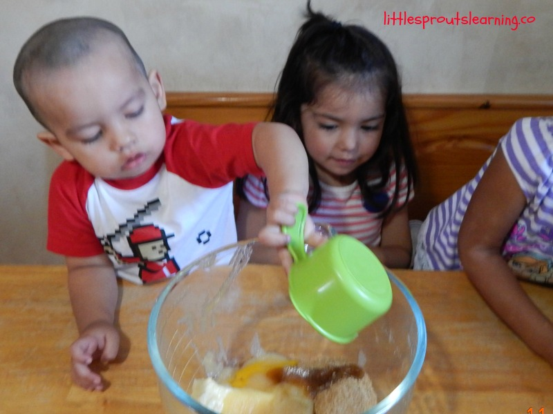 making cookies with kids-cooking with kids