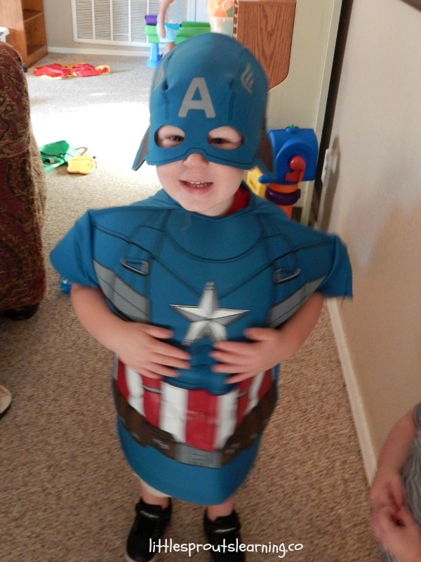 captain-america-costume-dress-up-clothes
