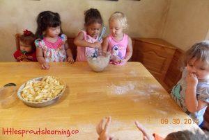 cooking with kids apple crisp