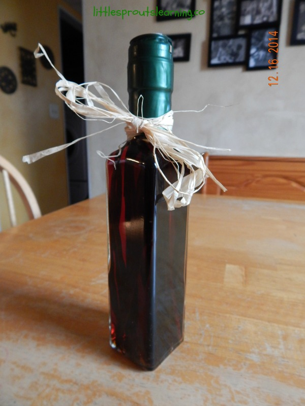 homemade vanilla extract in the bottle for christmas gift