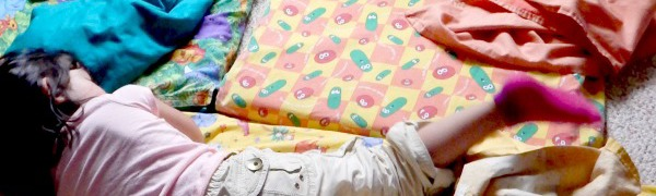 Raise your hand if you could use a good night's sleep? Who out there wants naptime at daycare to be more successful? Here are 7 steps to rest, how to get kids to sleep.