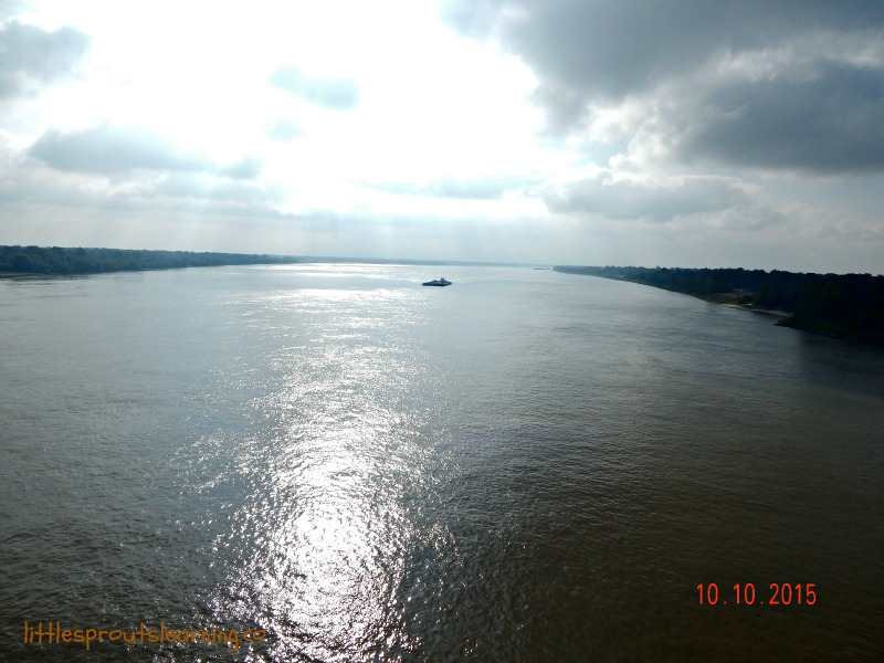 mighty mississippi river