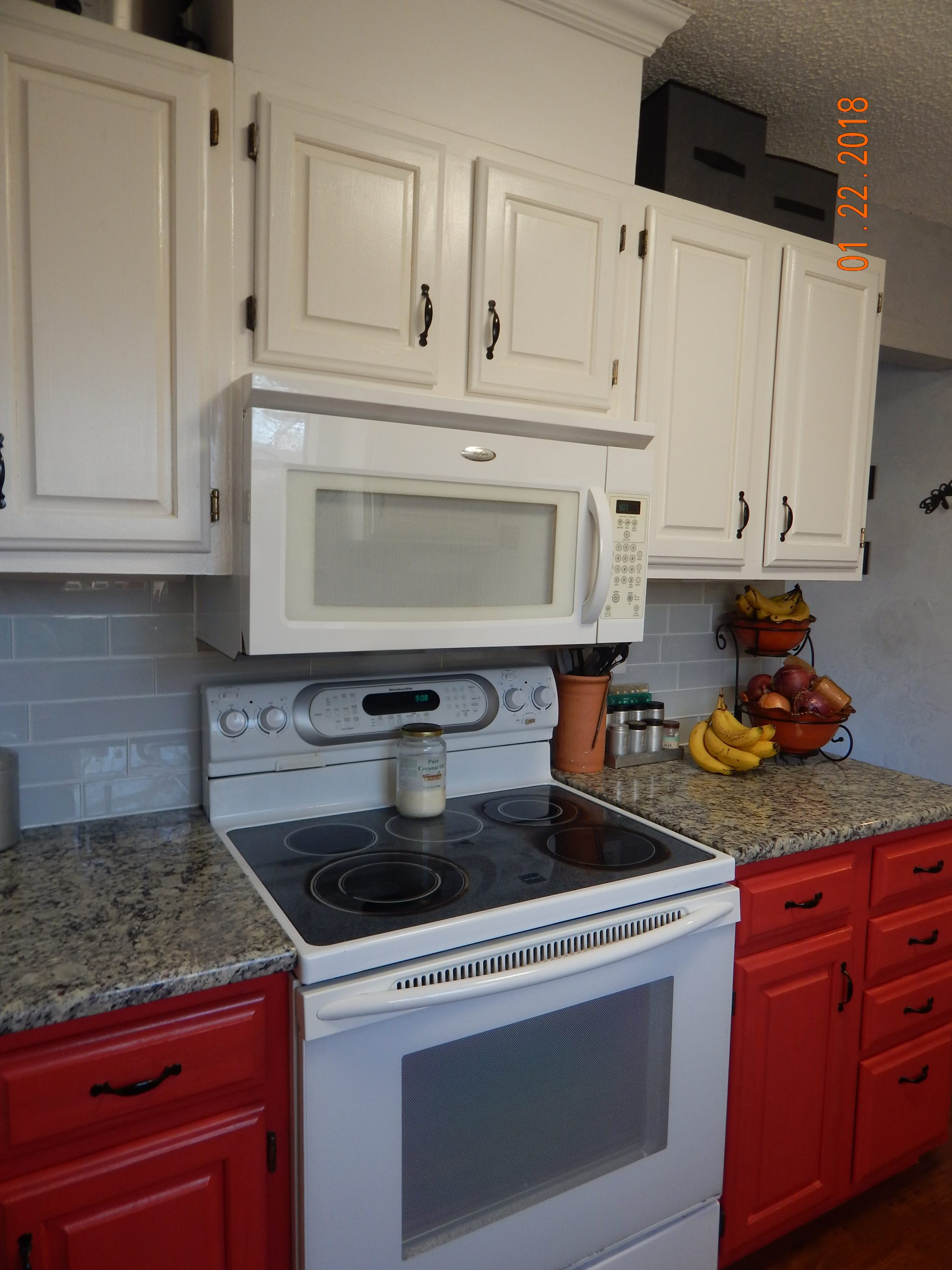 Do you feel like your kitchen is too tiny to cook in? Space is at a premium in my small 1,100 square foot home and I have a very tiny kitchen.