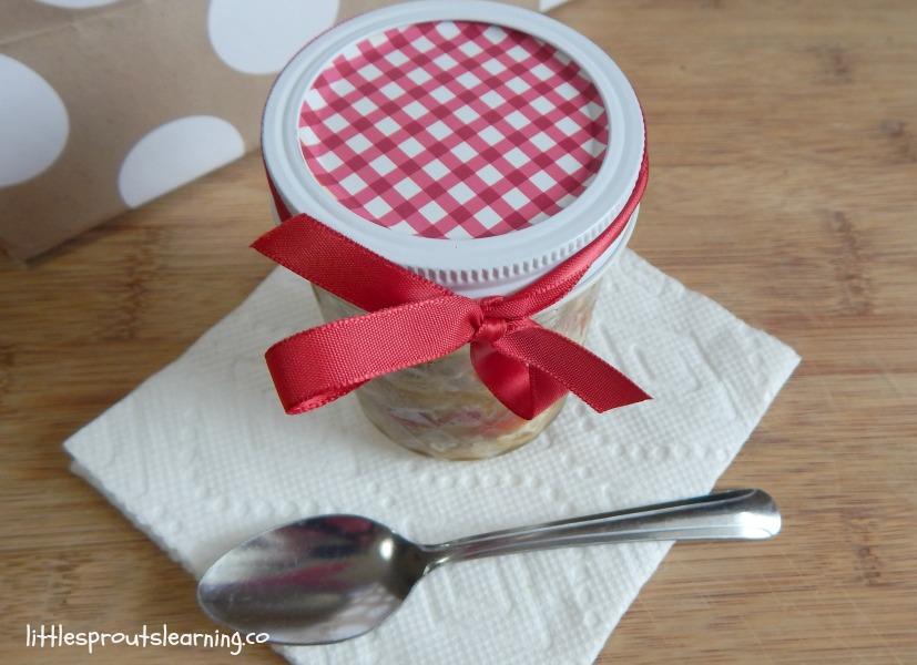 Portable salad in a jar