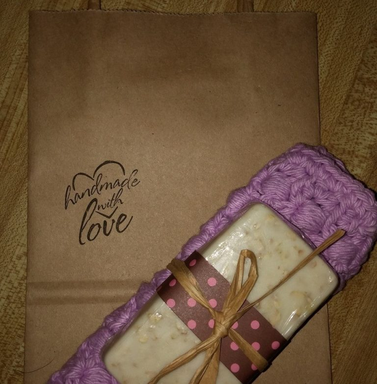 Give FABULOUS Handmade Gifts and Support Small Businesses